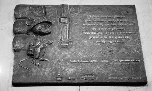 Placa Ratón Pérez.